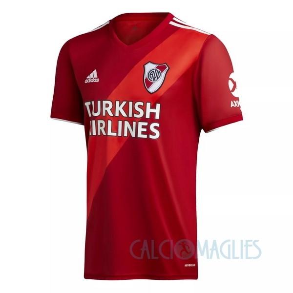 Fornire vari indumenti River Plate e accessori per il calcio