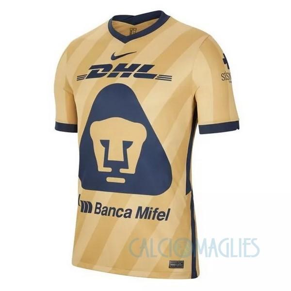 Fornire vari indumenti UNAM Pumas e accessori per il calcio